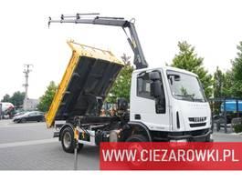 kipper vrachtwagen > 7.5 t Iveco Eurocargo 140 E18 , E5 , 90,000km , tipper + crane Hiab + pilot 2010