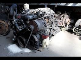 Motor vrachtwagen onderdeel Renault 6 KOPPEN