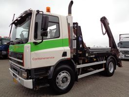 containersysteem vrachtwagen DAF 75.300 ATI + Manual + PTO + Container System 1998
