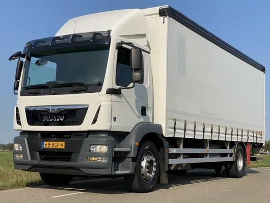 schuifzeil vrachtwagen MAN TGM 18.250 EURO6. 2015. Aut 2015