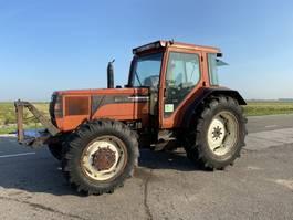 standaard tractor landbouw Fiat F130