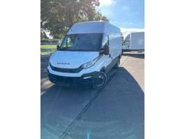 gesloten bestelwagen Iveco Daily 35C14A8V 2.3 3520L H2 AHW GEWICHT 3500 kg 2018