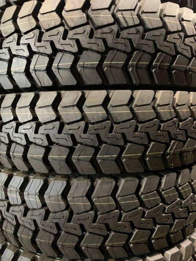 banden vrachtwagen onderdeel Michelin 1200R20 XDY 2019