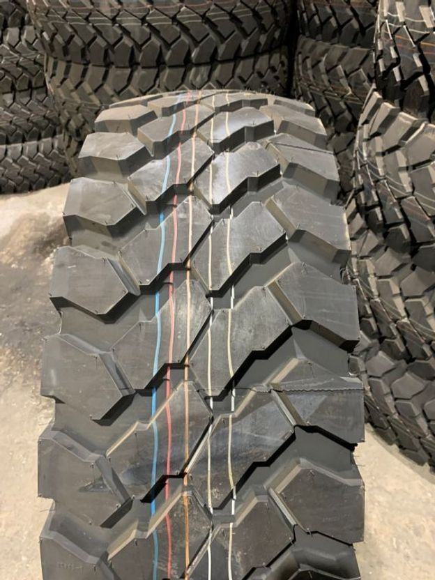 banden vrachtwagen onderdeel Continental 395/85R20 HCS 2018