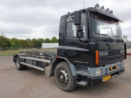 containersysteem vrachtwagen DAF AE75RC 1997