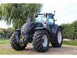 standaard tractor landbouw Valtra T154 VERSU Smarttouch 2019