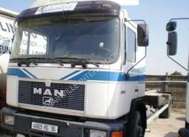 containersysteem vrachtwagen MAN F2000 1996