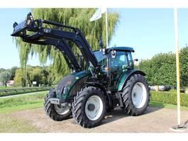 standaard tractor landbouw Valtra A104 MH 2018