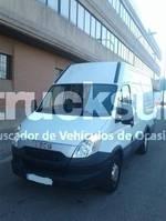 bakwagen bedrijfswagen < 7.5 t Iveco 35 S13 10,8 M3 2014