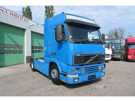 standaard trekker Volvo FH 12 420 Manual, spring front, not rusty chassis. Very good working 2000