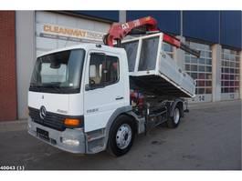 kipper vrachtwagen > 7.5 t Mercedes Benz Atego 1323 HMF 9 ton/meter laadkraan 2005