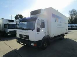 koelwagen bakwagen MAN 8.163 Kühlkoffer 6 m LBW 1 T* CARRIER S 500 2000