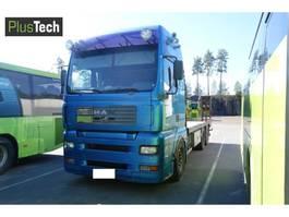 platform vrachtwagen MAN 26.533 2004