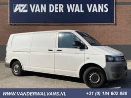 gesloten bestelwagen Volkswagen Transporter 2.0 TDI L2H1 140pk Airco, cruisecontrol, 2500kg trekhaak 2012