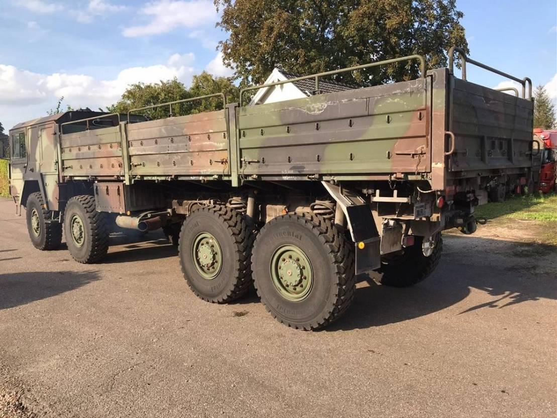 leger vrachtwagen MAN kat 8x8 1984