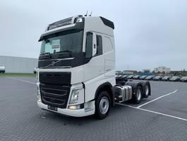 standaard trekker Volvo FH540,6X4,Tag lift,Retarder 2020