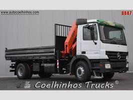 kipper vrachtwagen > 7.5 t Mercedes Benz 1832 Actros