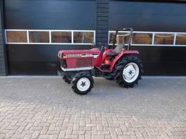 standaard tractor landbouw Shibaura S 330 minitrekker 30PK (kubota iseki)