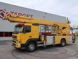 autohoogwerker vrachtwagen Volvo FM9 Bronto S46XDT Truck Mounted Boom Work Lift 4550cm 2005