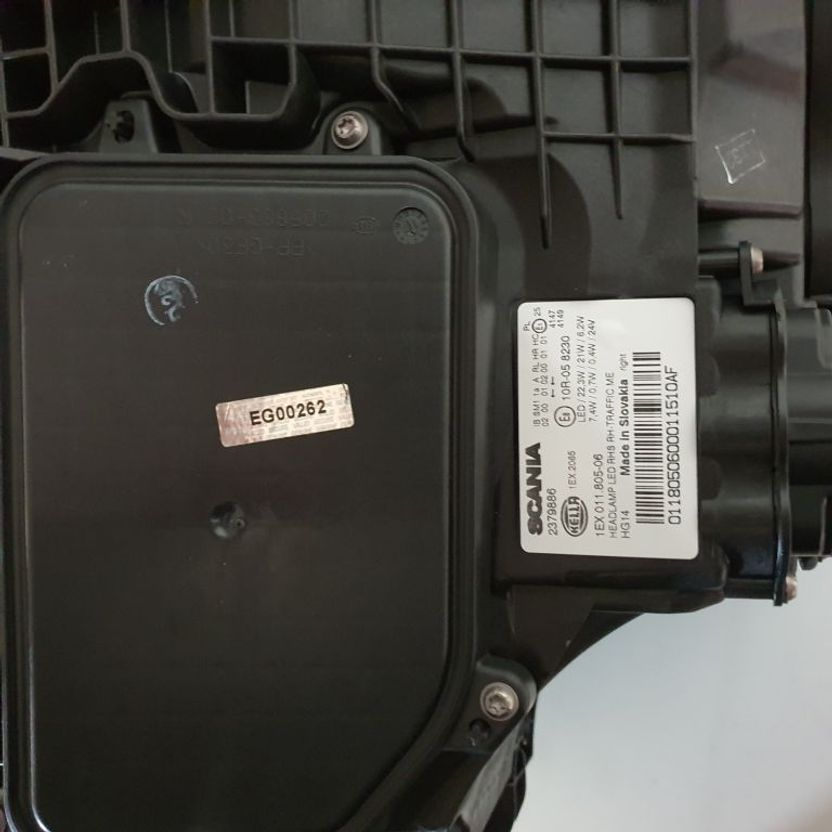 Koplamp vrachtwagen onderdeel Scania S LED KOPLAMP RH 2674391 2379886 2655849