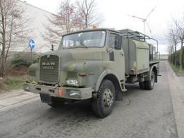 tankwagen vrachtwagen MAN 12.136 4X4 1976