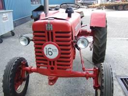 standaard tractor landbouw Mc Cormick D 217