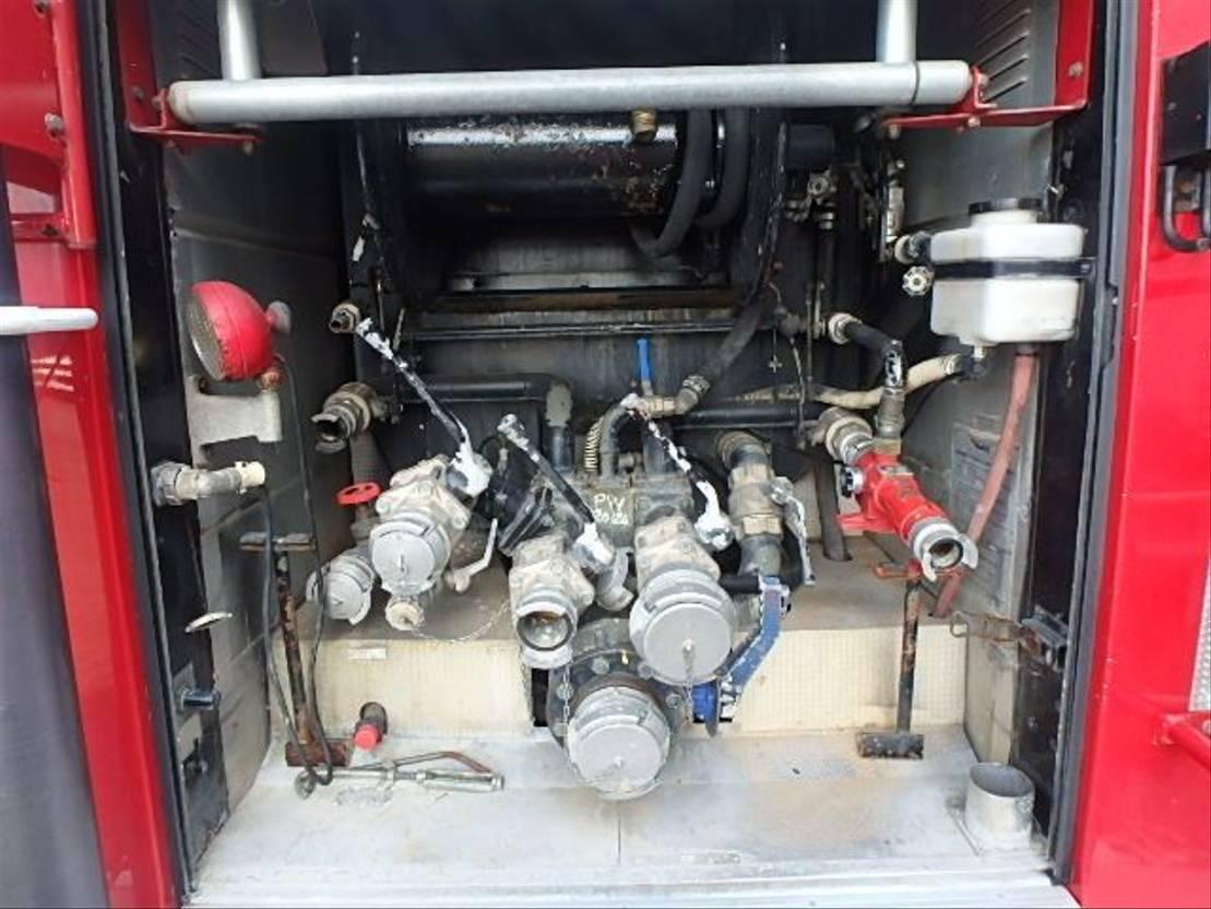 brandweerwagen vrachtwagen Renault G230 + MANUAL + FIRE TRUCK + 35889KM ! 1994