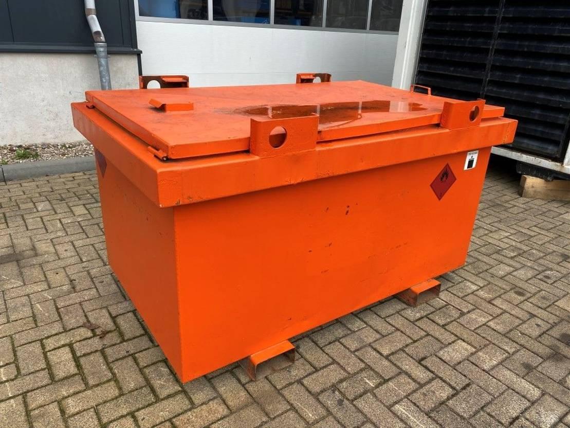 IBC-intermediate bulk container Kiwa IBC Steenbergen 1000 liter dieseltank 2009