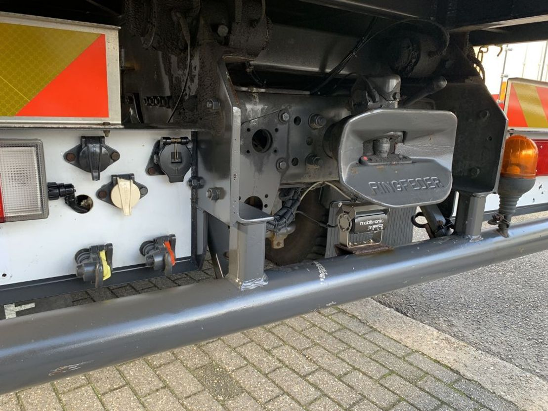 kraanwagen Renault Kerax 320 ONLY 80.000 KM !!! EX COVERNMENT TRUCK !!!! 2005