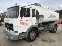 tankwagen vrachtwagen Unic 130NC **6CYL-9500Ltr TANK-SUPER CLEAN** 1977