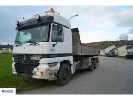 containersysteem vrachtwagen Mercedes-Benz Actros 2553 hook truck with snow equipment 1998