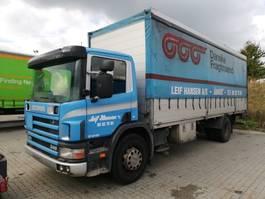 huifzeil vrachtwagen Scania P114 2002