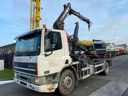 containersysteem vrachtwagen DAF CF 65 240 4X2 MANUAL EURO 2 FULL STEEL MET LEEBUR + HIAB 090A 1999