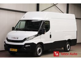 gesloten bestelwagen Iveco Daily 35S14 L2H2 AUTOMAAT 3500KG TREKVERMOGEN AIRCO CRUISE CONTROL 2018