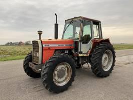 standaard tractor landbouw Massey Ferguson 699 1986
