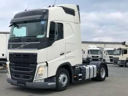 standaard trekker Volvo FH 420  /  GLOBETROTTER / EURO 6 / VEB+ / 2xTANK