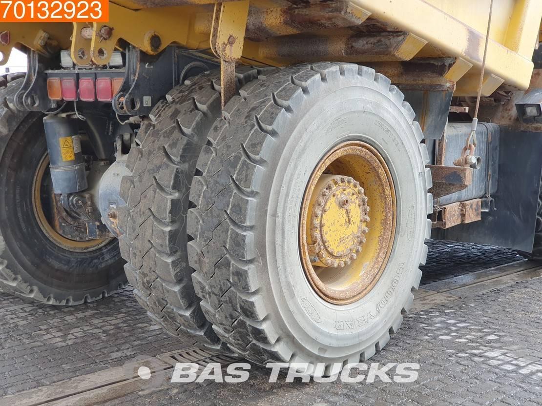 wieldumper Komatsu HD405 -7 German Truck - Good tyres 2006