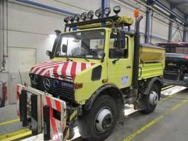 platform vrachtwagen Mercedes-Benz U 1600 Unimog ZWEIWEG Rail/Road/Tram 4X4 1991