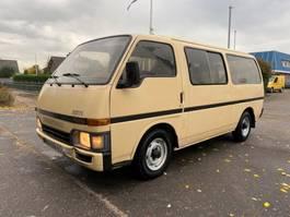 minivan - personenbus Toyota Bedford Seta hiace isuzu engine 1989