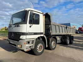 kipper vrachtwagen > 7.5 t Mercedes-Benz 3235 8X4 MANUAL KIPPER ACTROS 1998