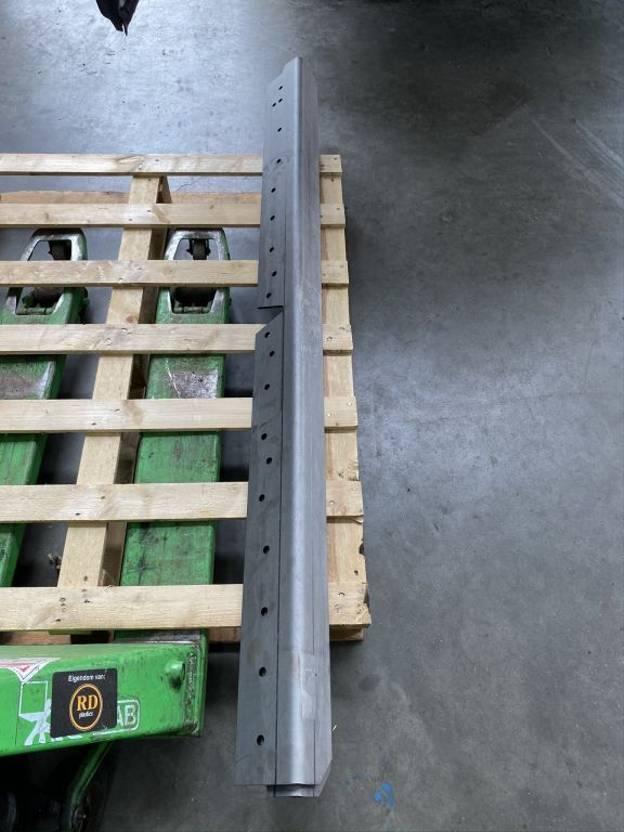 chassis vrachtwagen onderdeel Scania 3 serie schotel hoeklijnen 6x2/4