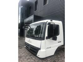 cabine - cabinedeel vrachtwagen onderdeel Mercedes-Benz AXOR FAHRERHAUS