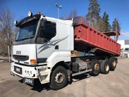 kipper vrachtwagen > 7.5 t Sisu E12M 440 8x2, siistikuntoinen, lämpölava 2002