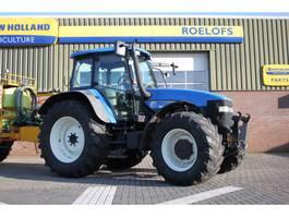 standaard tractor landbouw New Holland TM 155 2004