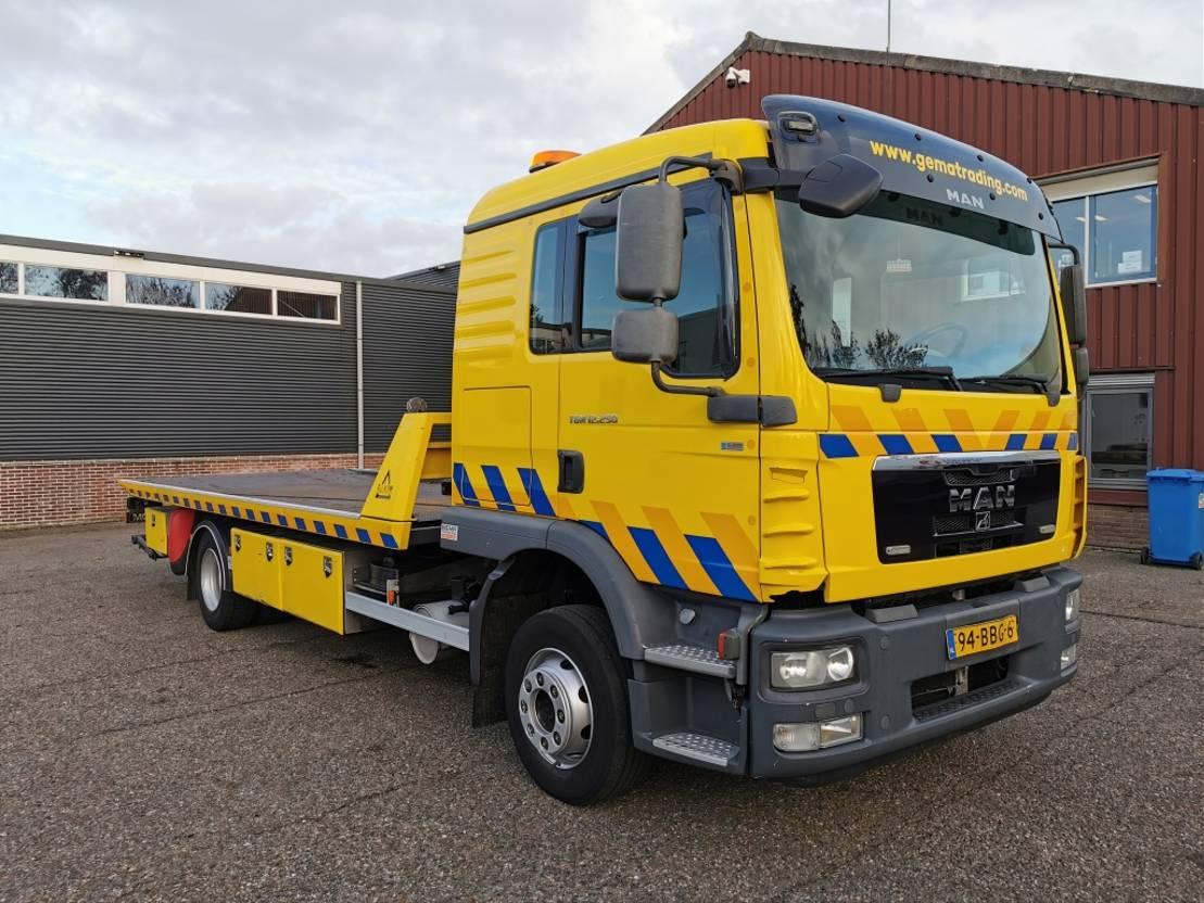 takelwagen-bergingswagen-vrachtwagen MAN TGM 12 4X2 DubbelCabine Euro5 - Manual - FALKOM FAS5000 - Dubbele Winch - 10/20... 2012