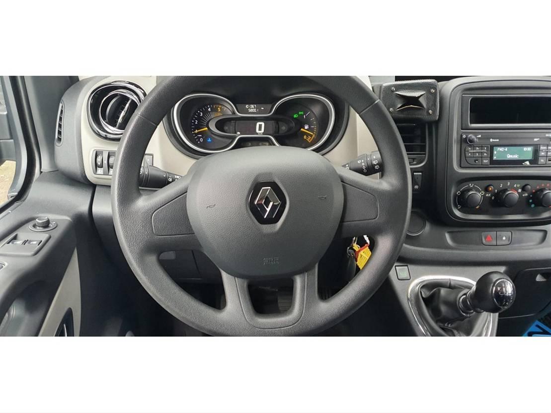 mpv auto Renault Trafic 1.6 dCi Kombi 9 Persoons 20x 2016/17 v.a. 16900,- ex BTW, BPM vrij 2016