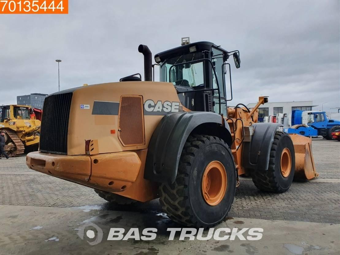 wiellader Case 921E Good tyres - German machine 2008
