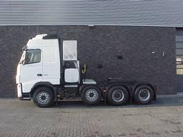 zware last trekker Volvo FH 16 8X4 TRACTOR 2009