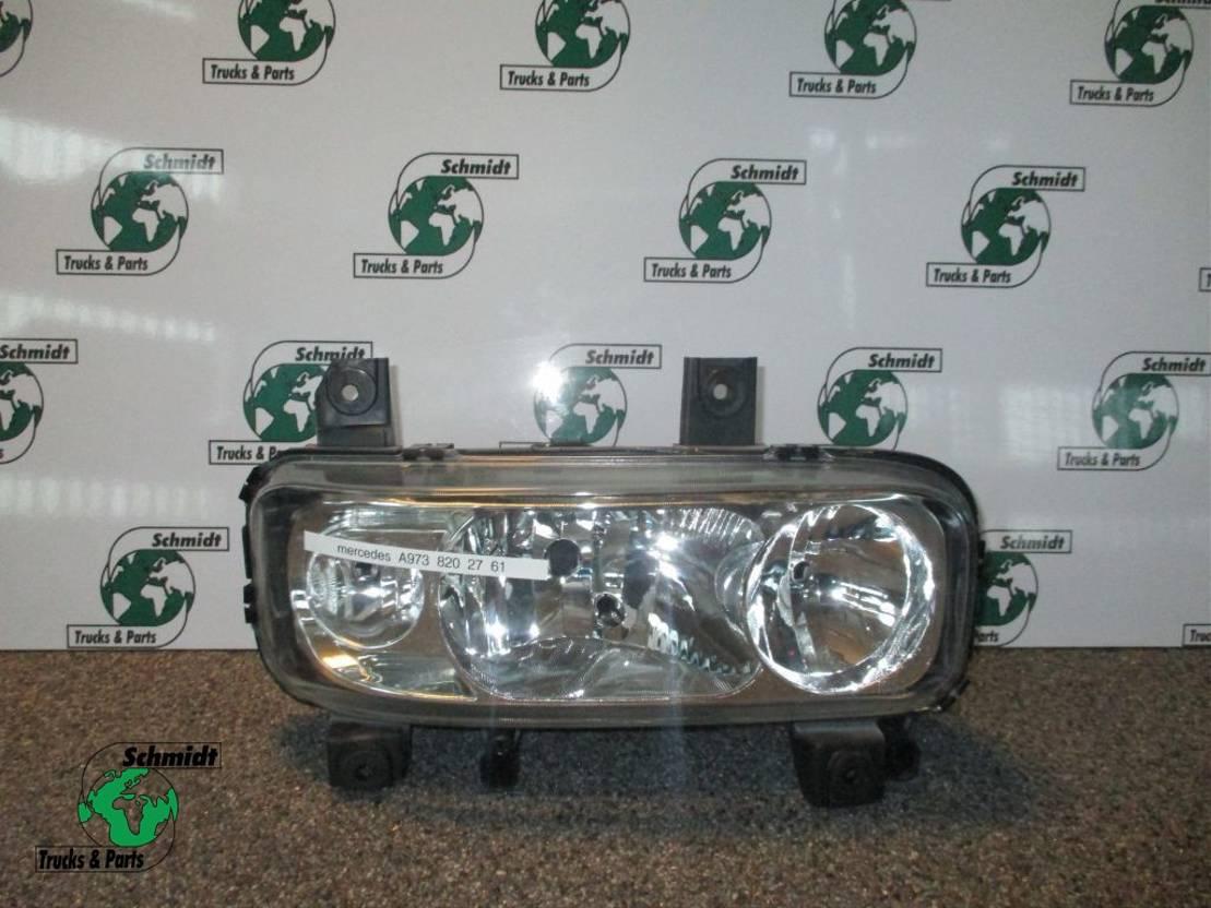 Koplamp vrachtwagen onderdeel Mercedes-Benz ATEGO A 973 820 27 61 KOPLAMP RECHTS