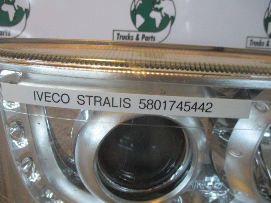 Koplamp vrachtwagen onderdeel Iveco 5801745442 KOPLAMP RECHTS NIEUW!